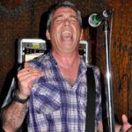 El baixista d'Iggy Pop & The Stooges visita Tarragona