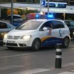 La Policia Local de Cambrils intensifica les campanyes de control de dejeccions de gossos al carrer