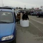 Una quinzena de vehicles conformen la Marxa Lenta contra la pujada d'impostos de Torredembarra