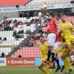 El Nàstic dóna un cop a Olot i queda a nou punts del play off (1-2)