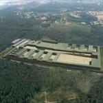 El conseller de Justícia signa l'acord pendent amb l'Ajuntament del Catllar per dur a terme els accesos a la presó
