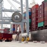 La demarcació exporta un 2,6% menys a dos mesos per tancar l'any