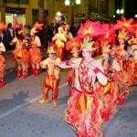 El Carnaval envaiex els carrers de Roda de Berà