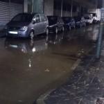 Els aiguats deixen zones inundades a Tarragona i queixes dels veïns