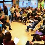 Multitudinària lectura de poemes a la Biblioteca en el Dia Mundial de la Poesia