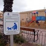Campanya a Torredembarra perquè la ciutadania reculli els excrements dels gossos