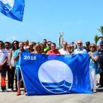 La Bandera Blava oneja un estiu més a les platges Llarga i Costa Daurada per la seva qualitat