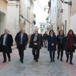 Poblet visita Creixell i signa un conveni per la renovació de l'enllumenat