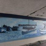 El pas soterrat de Baix a Mar ja llueix unes pintures murals amb imatges del barri