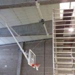 La Conselleria d'Esports instal·la quatre noves cistelles al pavelló de Sant Pere i Sant Pau