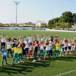 Els 'Mini Jocs Mediterranis' omplen l'Estadi de Vila-seca amb més de 300 escolars