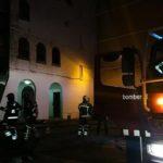 Un intoxicat en l'incendi d'un pis a Constantí