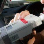 Detingut un conductor que quintuplicava la taxa d'alcoholèmia permesa i tenia el carnet suspès
