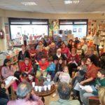 La Biblioteca Municipal de Roda de Berà s'omple de poemes el Dia Mundial de la Poesia