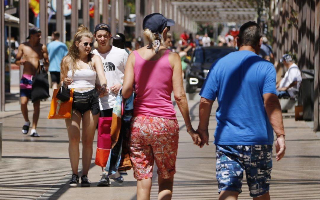 El Regne Unit deixa Espanya fora de les destinacions segures per viatjar a partir del 17 de maig