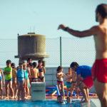Altafulla obre el període de preinscripcions per als cursets de natació a la piscina municipal