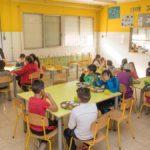 Constantí manté el servei de menjador escolar durant l'estiu