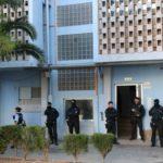 Dos periodistes ferits en una pluja de balins veïnal durant una operació policial a Campclar