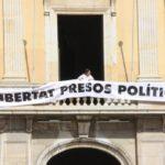 Cs denuncia vuit ajuntaments de Tarragona per tenir penjades pancartes independentistes