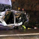 Tres morts i un ferit greu en un xoc entre dos turismes i dos camions a la C-12, a Aldover
