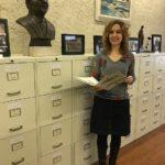 Núria Gavarró, l'encarregada de fer accessible al públic els dos milions de pàgines de l'arxiu Tarradellas