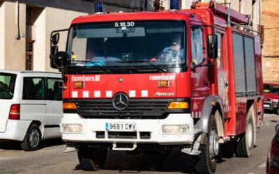 Una ferida de poca gravetat per intoxicació en un incendi a Reus