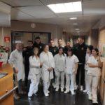 El Nàstic fa una visita nadalenca als pacients de l'Hospital de Santa Tecla