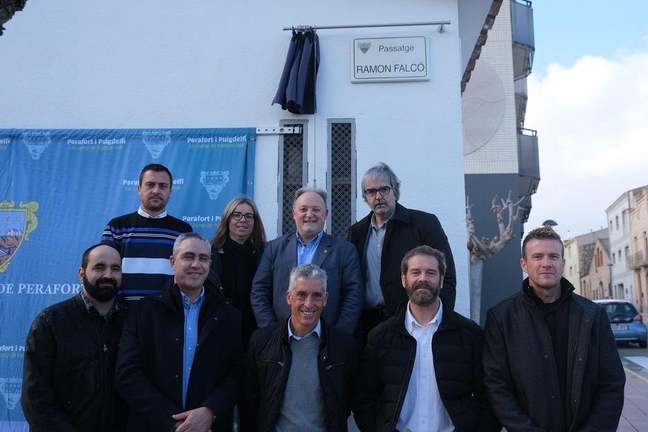Puigdelfí inaugura el passatge Ramon Falcó