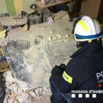 La planxa metàl·lica que va impactar contra l'edifici de Torreforta pesava una tona