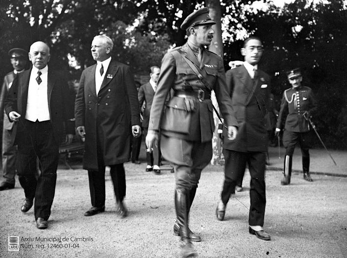 Cambrils ingressa a l'Arxiu Municipal 11 fotografies de la visita del rei Alfons XIII