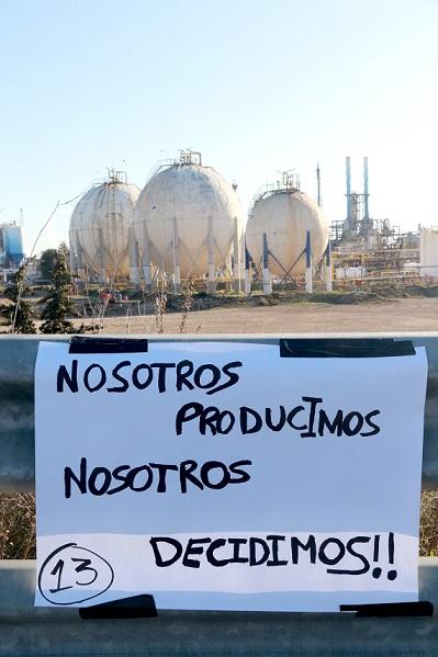 L'AEQT acusa els vaguistes d'haver impedit l'accés al seu lloc de treball dels bombers del Parc Químic