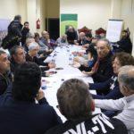 Veïns, ajuntaments i sindicats se sumen a la manifestació unitària per exigir seguretat a la química