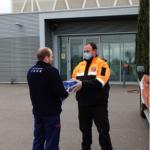 Protecció Civil entrega guants i mascaretes als Serveis Sanitaris i Bombers