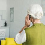 Salou engega una campanya per l'acompanyament telefònic a gent gran