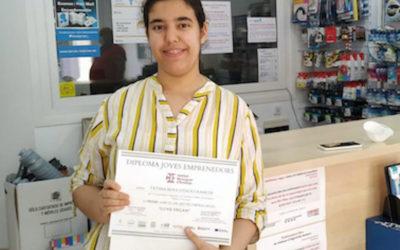 L'alumna Fàtima Bouchtaoui guanya el 'Enfila el teu futur' de Vandellòs i l'Hospitalet