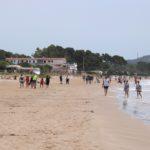 Les platges de Tarragona s'omplen de veïns però sense banyistes en l'últim dia de la fase 1