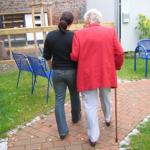 La URV estudia l'impacte de la COVID-19 sobre les persones dependents i les cuidadores