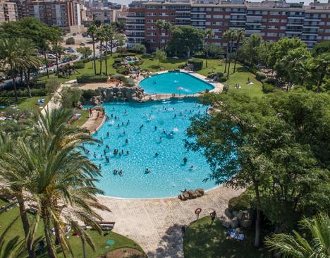 Preocupació a pobles del Baix Camp per l'efecte que tindrà que Reus no obri les piscines d'estiu