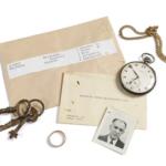 La URV col·labora amb la mostra dels objectes recuperats als camps nazis per retornar-los als familiars de deportats