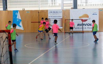 Punt i seguit al campus d'estiu de futbol sala del CFS El Morell