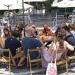 La Festa Major del Morell sorteja el coronavirus amb el vermut del cistell i a ritme de Tom Jones
