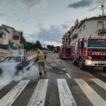 Crema un vehicle a Creixell