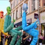 Cambrils se suma al Sant Jordi d'estiu amb un espectacle de carrer i una obra de teatre virtual