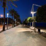 L'Ajuntament de Cambrils substitueix més d'un centenar de lluminàries del passeig de Llevant