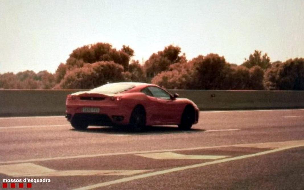 Denunciat un conductor per circular a 216 km/h, begut i amb el carnet retirat