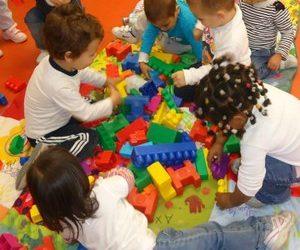 Tarragona concedeix una ajuda a 162 famílies per pagar el servei de menjador de les llars d'infants municipals
