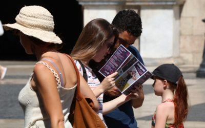 Catalunya crea 11.000 llocs de treball turístics a l'agost i és el tercer territori més dinàmic del sector a l'Estat