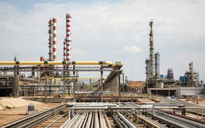 Repsol produeix a Tarragona biocombustible per a avions
