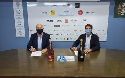 Freixenet dona suport a l'hostaleria de la província de Tarragona amb el conveni signat amb l'AEHT