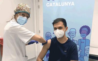 Vacunats contra la COVID-19 els primers estudiants de ciències de la salut de la URV
